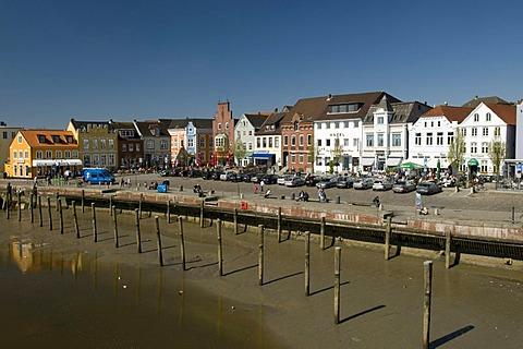 Inland harbour, Husum, North Sea, North Friesland, Schleswig-Holstein, Germany, Europe