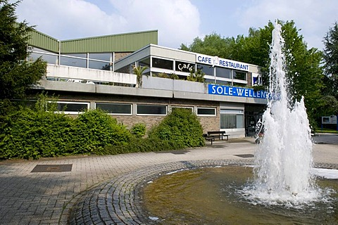 Artificial wave and salt water swimming pool at the spa gardens, Bad Rothenfelde, spa, Osnabruecker Land region, Lower Saxony, Germany, Europe