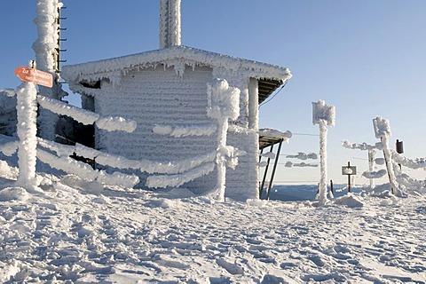 Snow-covered hut on the Grosser Arber, Bavarian Forest Nature Park, Bavaria, Germany, Europe