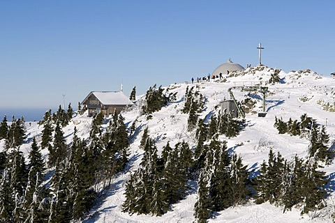 Summit cross and Zwieseler Huette mountain hut on Grosser Arber, 1456m, Bavarian Forest Nature Park, Bavaria, Germany, Europe