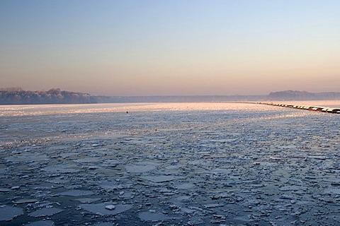 Haltern reservoir with ice floes in evening light, Muensterland, North Rhine-Westphalia, Germany, Europe