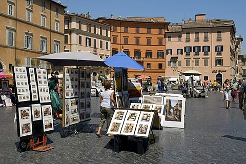 Street performers in the Piazza Navona square, Rome, Italy, Europe