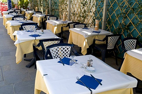 Restaurant on the promenade, Alassio, Italian Riviera, Liguria, Italy, Europe