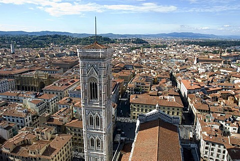 City view with the Duomo or Santa Maria del Fiore cathedral, UNESCO World Heritage Site, Florence, Tuscany, Italy, Europe