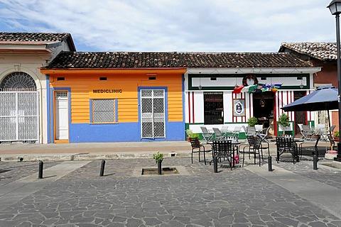 House fronts, Calle La Calzada, Granada, Nicaragua, Central America