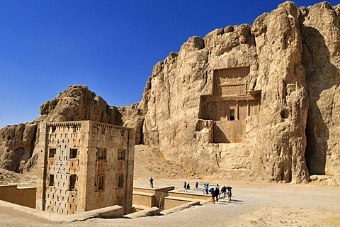 Kaba-ye Zardosht and tomb of Darius II. at the Achaemenid burial site Naqsh-e Rostam, Rustam near the archeological site of Persepolis, UNESCO World Heritage Site, Persia, Iran, Asia
