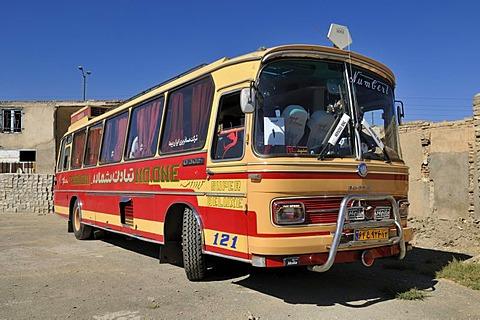 Old Mercedes Benz bus at Hamadan, Hamedan, Iran, Persia, Asia