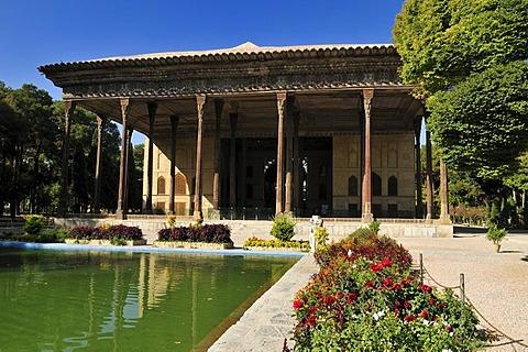 Safavid Chehel Sotoun, Sotoon Palace, UNESCO World Heritage Site, Esfahan, Isfahan, Iran, Persia, Asia