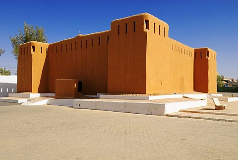 Historic adobe fort in Tamanrasset, Wilaya Tamanrasset, Algeria, Sahara, North Africa