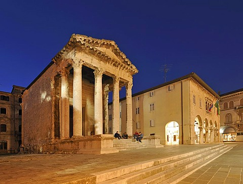 Night shot of the Temple of Rome and Augustus and the Town Hall in Pula, Croatia, Europe