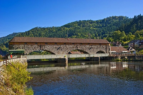 Rudolf-Fettweis-Kraftwerk hydroelectric power plant on the Murg river, Forbach, Black Forest, Baden-Wuerttemberg, Germany, Europe