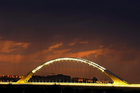 Lusitania Bridge over Guadiana River, night shot, Merida, Badajoz province, Ruta de la Plata, Spain, Europe