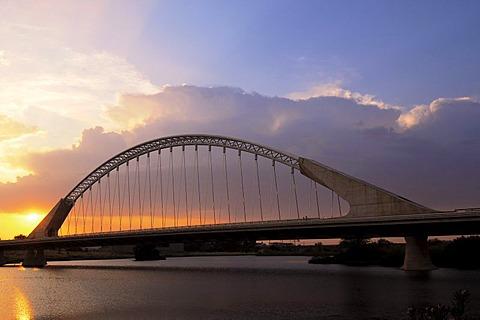 Lusitania Bridge over Guadiana River, Merida, Badajoz province, Ruta de la Plata, Spain, Europe