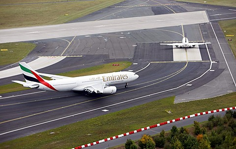 Duesseldorf International Airport, Emirates Airbus A330 on the taxiway to the runway, Duesseldorf, North Rhine-Westphalia, Germany, Europe