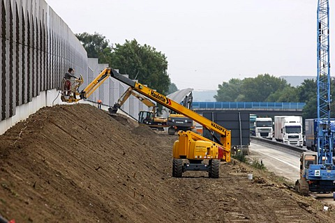 Construction site, construction of noise protection walls on the A2 motorway near Boenen, North Rhine-Westphalia, Germany, Europe
