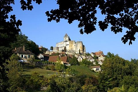 Chateau de Castelnaud castle, Castelnaud-la-Chapelle, Dordogne River, Aquitaine, France, Europe