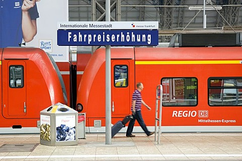 Sign, fare increase, Deutsche Bundesbahn German Railways, Central Station, Frankfurt, Hesse, Germany, Europe