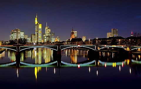 View of the skyline at dusk, Commerzbank, Cathedral, Opera Tower, Frankfurt, Hesse, Germany, Europe