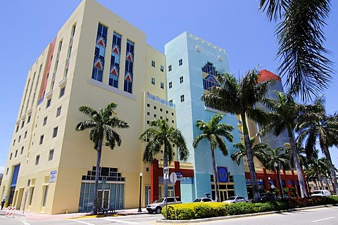 404 Building, Miami South Beach, Art Deco district, Florida, USA