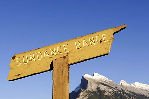 Signs for the peaks of the Rocky Mountains, Sundance Range, Mt. Howard Douglas, Banff National Park, Alberta, Canad