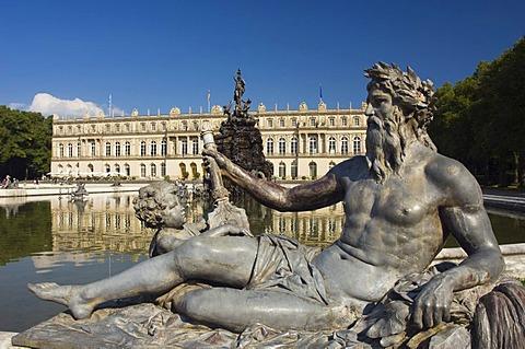 Herrenchiemsee Palace, pond and fountain, Herreninsel, Gentleman's Island, Lake Chiemsee, Chiemgau, Upper Bavaria, Germany, Europe