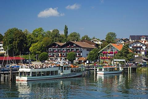 Excursion boat, Gstadt, Chiemsee lake, Chiemgau, Upper Bavaria, Bavaria, Germany, Europe