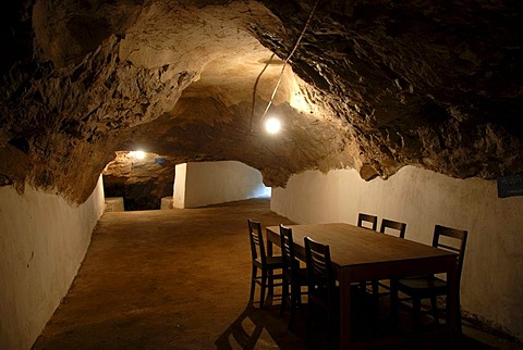 History, sparsely furnished cave of the Communist Pathet Lao resistance fighters, table and chairs, Tham Than Kaysone Phomvihane, Vieng Xai, Houaphan province, Laos, Southeast Asia, Asia