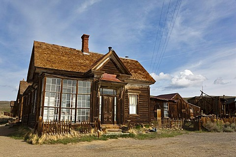 Residence of J. S. Cain, corner of Green and Park Street, Bodie State Park, ghost town, mining town, Sierra Nevada Range, Mono County, California, USA