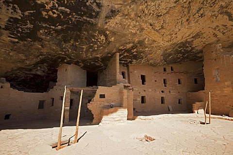 Spruce Tree House, cliff dwellings, Anasazi Native American ruins, Mesa Verde National Park, Colorado, America, United States