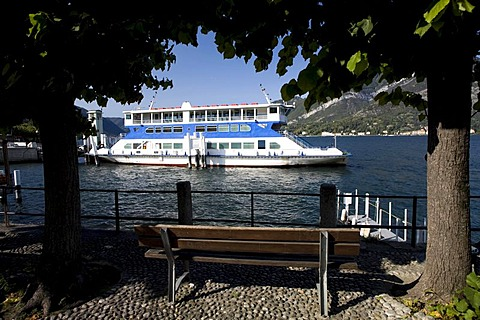 Ferryboat on Lake Como carrying tourists and cars to Bellagio, Como, Italy, Europe