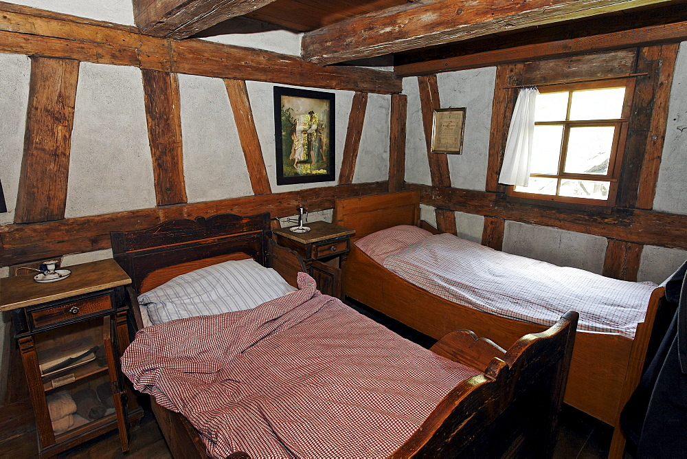 Beds in the servants' bedroom, historic bakery from 1730, Wolfegg Farmhouse Museum, Allgaeu, Upper Swabia, Baden-Wuerttemberg, Germany, Europe