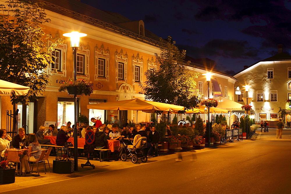 Cafe on Marktplatz Square, Tamsweg, Lungau, Salzburg state, Salzburg, Austria, Europe