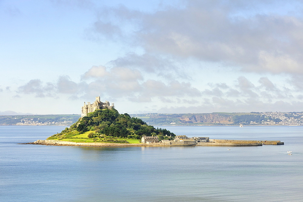 St. Michael's Mount, a tidal island off the town of Marazion, Cornwall, England, UK, Europe