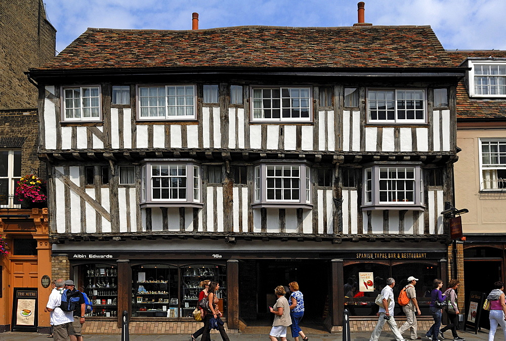 Old half-timbered building with shops, Magdalene Street 16a, Cambridge, Cambridgeshire, England, United Kingdom, Europe