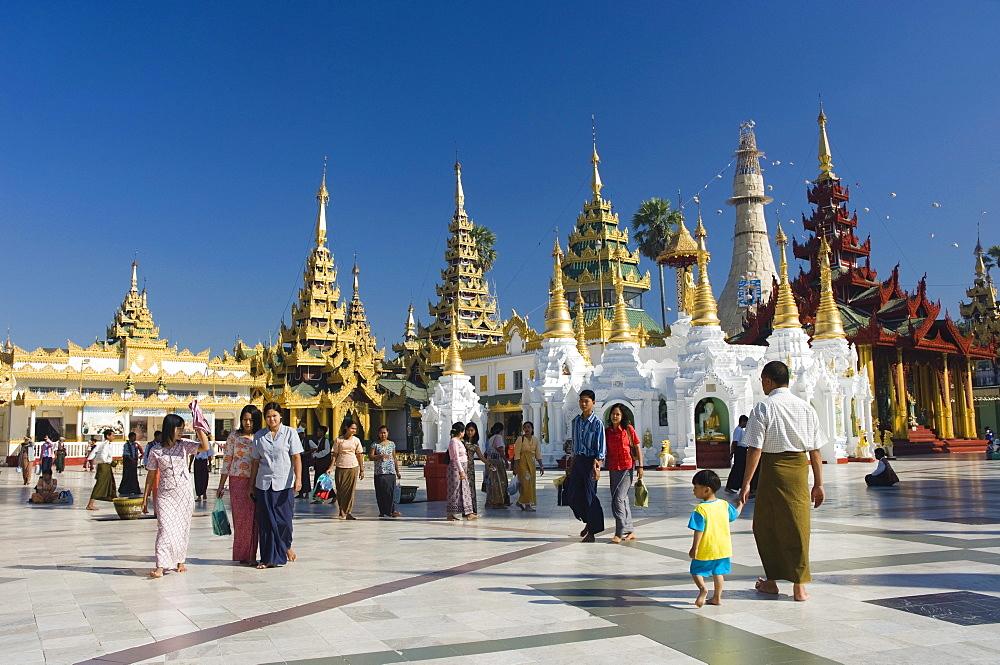 Golden Chedis, Shwedagon pagoda, temple, Rangoon, Yangon, Burma, Myanmar, Asia