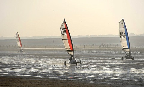 Three sail wagons on the beach, land sailing, sand yachting, Weston super Mare, Somerset, England, Great Britain, Europe