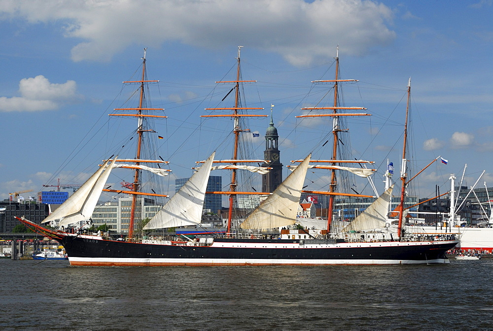 Large sailing ship Sedov in the port of Hamburg at the Hafengeburtstag, Harbour Birthday 2009, Hamburg, Germany, Europe