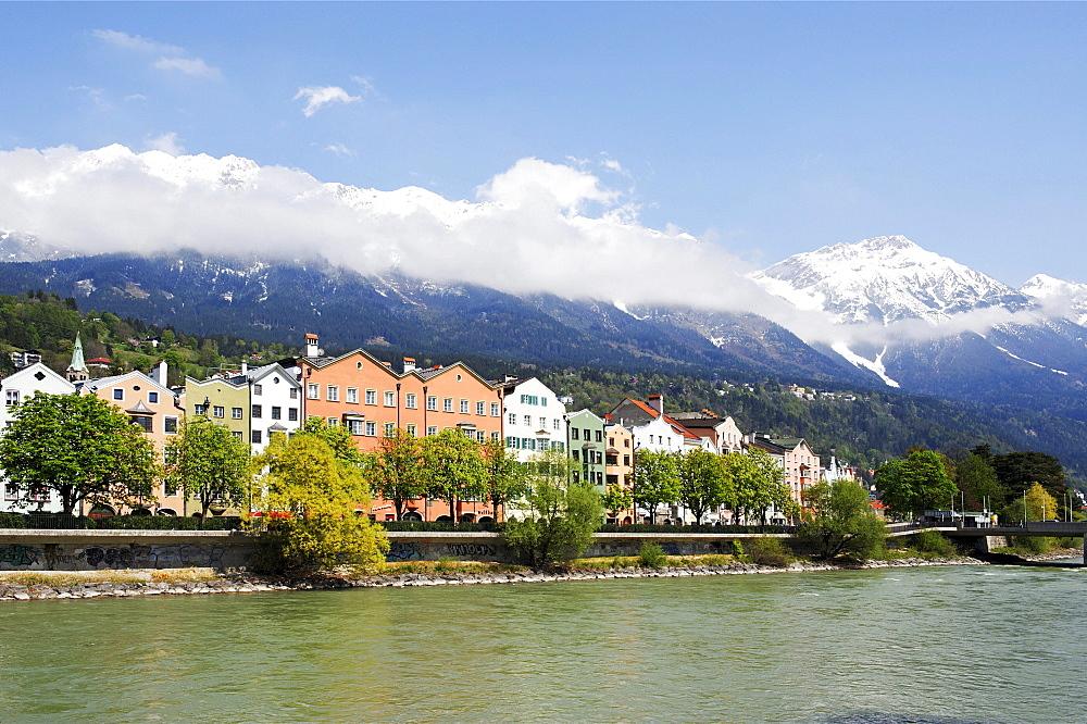 "Quarter Mariahilf, ""Mary Help"", below the Nordkette, Northern Chain, of the Karwendel mountains above the river Inn, Innsbruck, Tyrol, Austria, Europe"