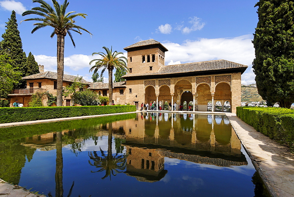 Jardines del Partal, Alhambra, Granada, Andalusia, Spain, Europe