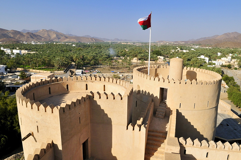 Historic adobe fortification Rustaq Fort or Castle, Hajar al Gharbi Mountains, Batinah Region, Sultanate of Oman, Arabia, Middle East