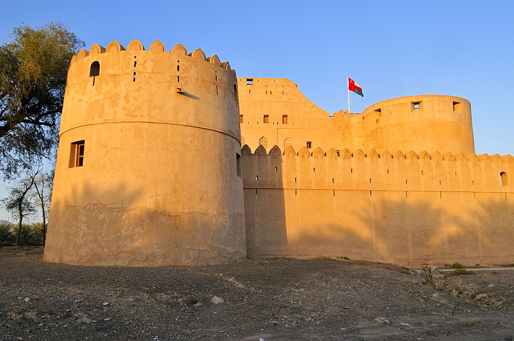 Historic adobe fortification Jabrin fort or castle, Hajar al Gharbi Mountains, Dhakiliya Region, Sultanate of Oman, Arabia, Middle East