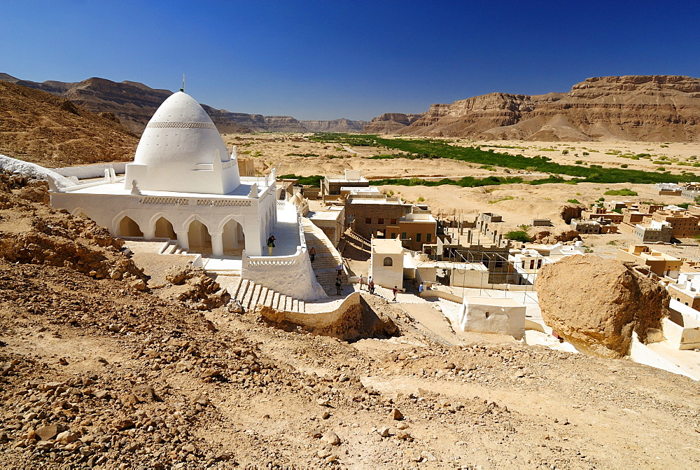 Site of the grave of the prophet Hud, pilgrimage site of Gabr Hud, Qabr Hud, Wadi Hadramaut, Yemen, Arabia, Southwest Asia
