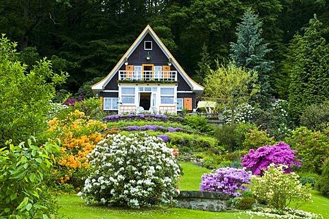 Kurort Rathen, cottage in rhododendron garden, Oberrathen, Saxon Switzerland, Elbsandsteingebirge, Elbe Sandstone Mountains, Saxony, Germany