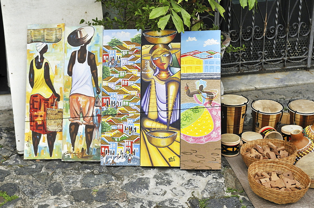 Local art, paintings, street sale, Salvador, Bahia, UNESCO World Heritage Site, Brazil, South America