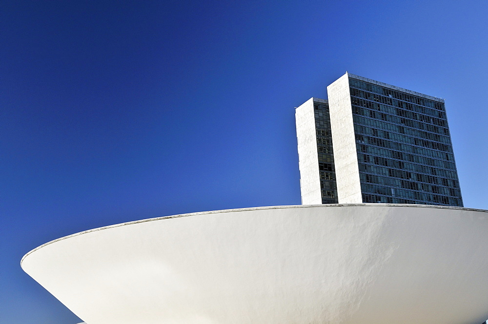 Nacional Congress Congresso building, by architect Oscar Niemeyer, Brasilia, Distrito Federal state, Brazil, South America