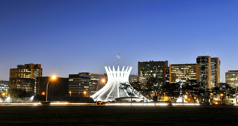 View of the Cathedral of Brasilia in the evening light, architect Oscar Niemeyer, Brasilia, Distrito Federal state, Brazil, South America