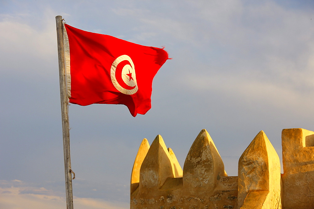 Tunisian flag, port fortification, Kasbah, old town, medina, Hammamet, Tunisia, Northern Africa