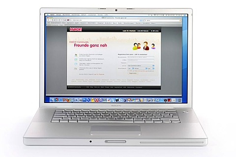 Kwick!, web-based social network, high school students' directory, portal on Apple MacBook Pro