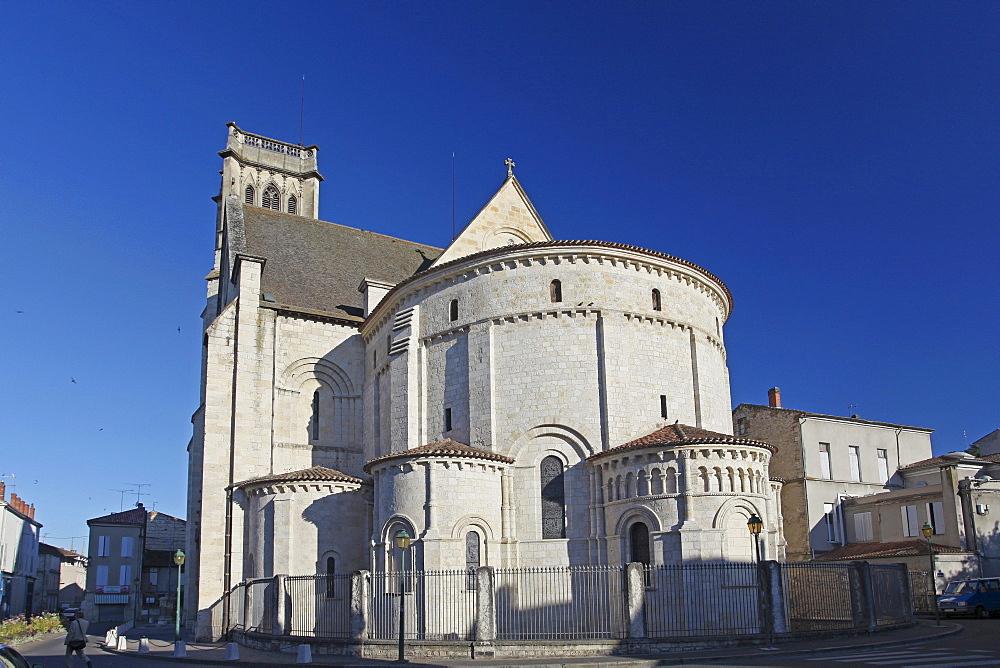 Cathedrale Saint Caprais Cathedral, Agen, Lot-et-Garonne, Aquitaine, France, Europe
