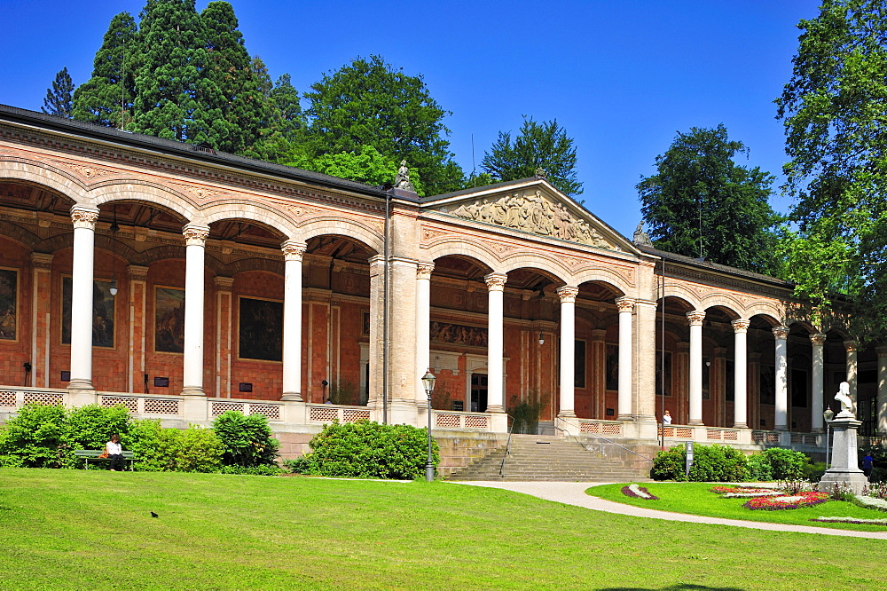 Trinkhalle pump room with Corinthian columns, Baden-Baden, Black Forest, Baden-Wuerttemberg, Germany, Europe